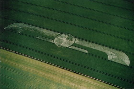 Silbury Hill Wiltshire 1999